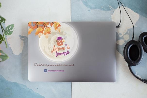 personalizare laptop brasov carcasa cu sigla firmei